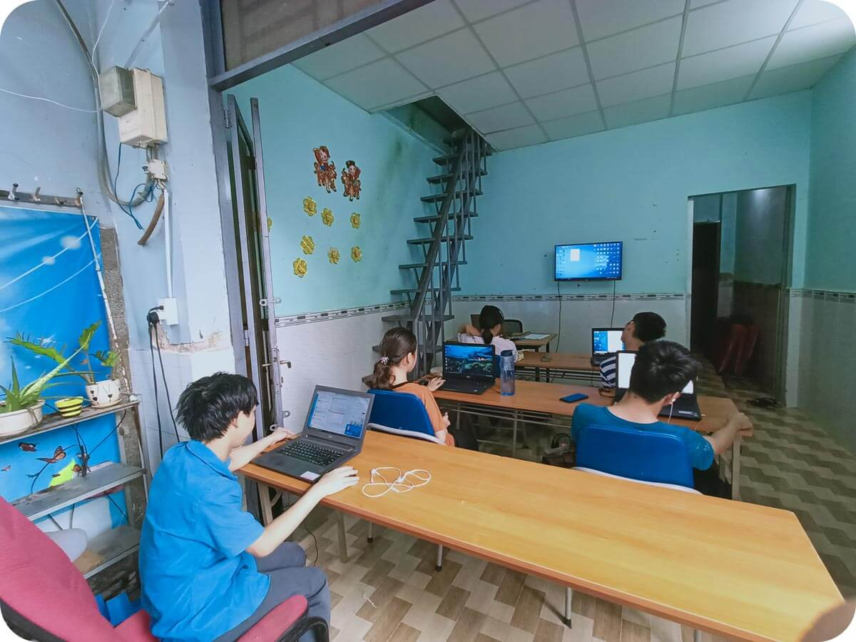 Lớp học Photoshop Trung tâm Tiếp lửa